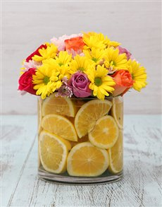 gifts: Orange Breeze Roses and Sprays Vase!