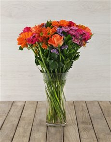 flowers: Mixed Arrangement in Clear Flair Vase!