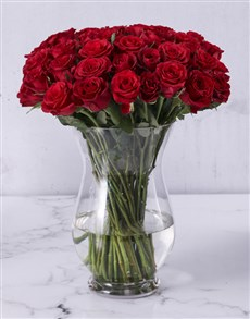 flowers: Red Roses in Hurricane Vase!
