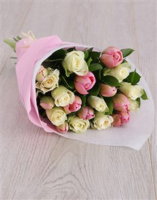 flowers: Delicate Tulips Bouquet!