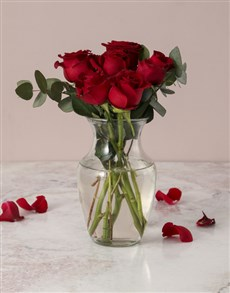 flowers: Red Roses in Carafe Vase!
