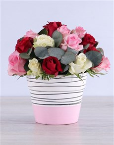 flowers: Mixed Roses in Pink Ceramic!