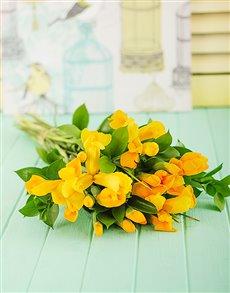 flowers: Yellow Iris Bouquet!