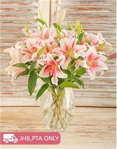 flowers: Glass vase of Stargazer Lilies!