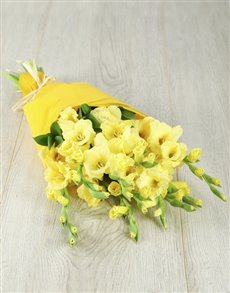 flowers: Yellow Gladiolus Bouquet!
