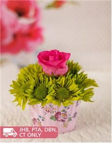 flowers: Rose & Sprays Cupcake!