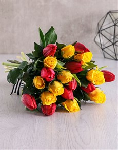 flowers: Red and Yellow Bouquet in Craft Paper!