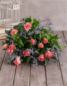 flowers: Charming Pink Roses!