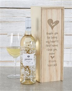 gifts: Personalised Hearts First Home Wine Crate!