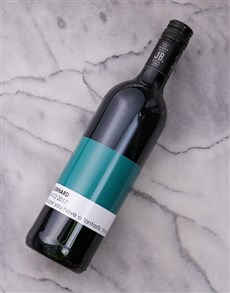 gifts: Personalised Pantone Wine!