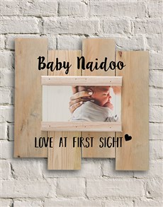 gifts: Personalised Baby Love Photo Slit Frame!