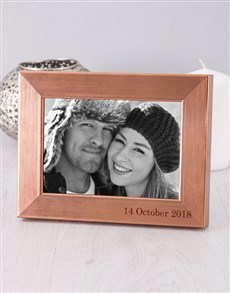 gifts: Personalised Date Photo Frame!