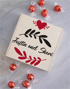 gifts: Personalised Leaf Keepsake Box!