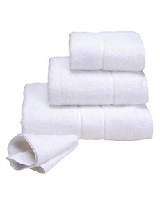 gifts: Terry Lustre 4 Piece White Towel Gift Set!