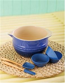 gifts: Le Creuset Junior Baking Set   Cobalt Blue!