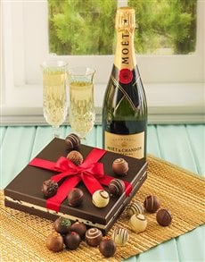 gifts: Moet Champagne with 16 Chocolate Truffles!