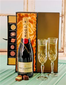 gifts: Moet & Chandon Brut champagne with Handmade Chocs!