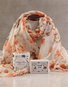 gifts: Scarf, Bubbles & Candle Gift Set!