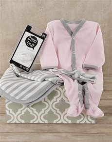 gifts: Pink is Me Baby Gift Set!