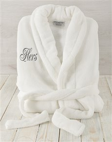 gifts: Hers White Fleece Gown!