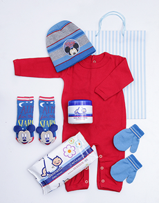 gifts: Mickey Mouse Gift Set!
