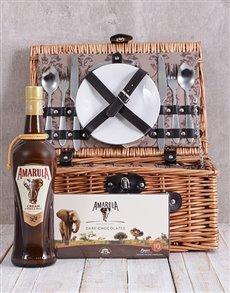 gifts: Amarula Picnic Basket!