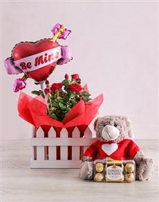 gifts: Be Mine Romance Hamper!