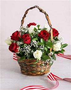 flowers: Valentines Rose Basket!