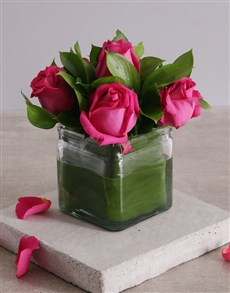 flowers: Vase of Cerise Roses!