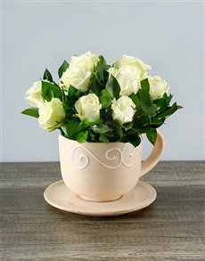 flowers: White Roses in a Teacup!