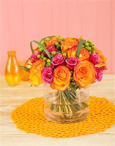 flowers: Colourful Roses in a Vase !