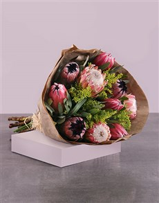 flowers: Protea Bouquet!