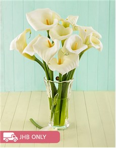 flowers: Arums in a Walther Eve Crystal Vase!