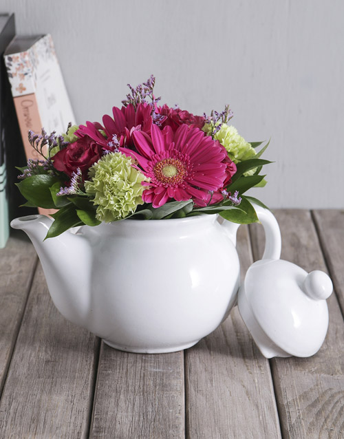 mothers-day: Flowers in Ceramic Tea Pot!