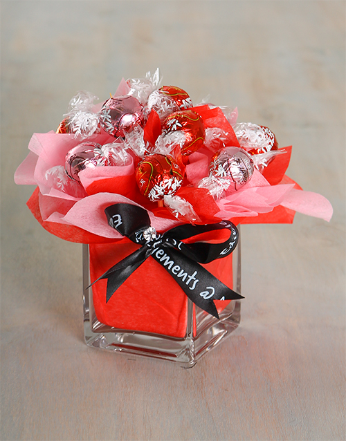 edible-chocolate-arrangements: Dream Cream Lindt Arrangement!