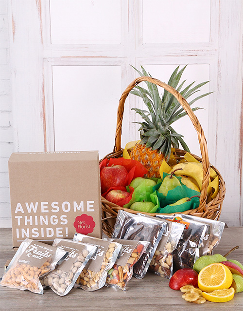 birthday: Fruity and Snack Basket!