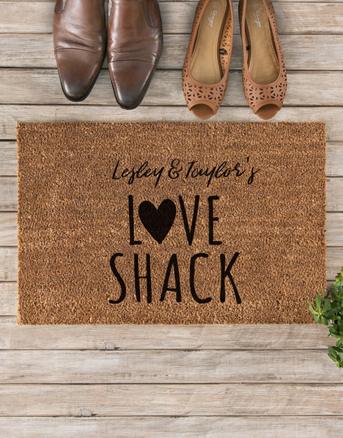 home-decor: Personalised Love Shack Doormat!