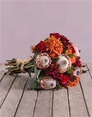 This ravishing arrangement of autumnally coloured