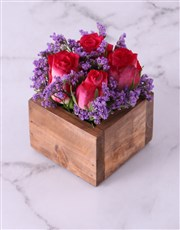 Love is kind, love is sweet. This arrangement of r