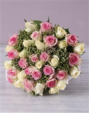 Pink and Cream Rose Bouquet in Hessian