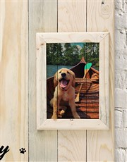 Spoil that dog lover with this beautiful frame wit