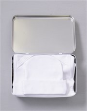 Welcome the new bundle of joy with a white tin wit
