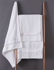 Personalised Floral Scetch White Towel Set