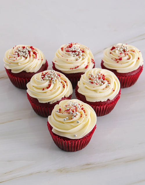 valentines-day: Delectable Red Velvet Cupcakes!