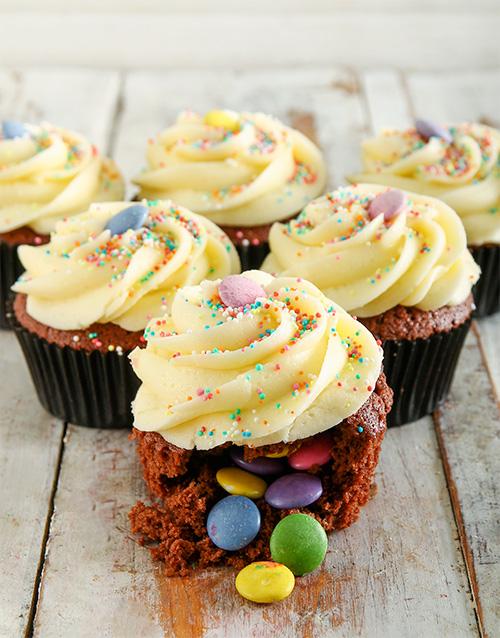 birthday: Birthday Cake Pinata Cupcakes!
