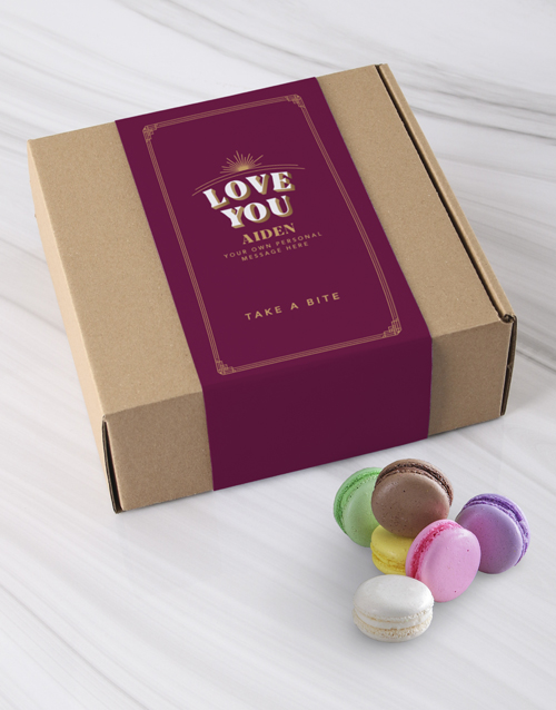 love-and-romance: Personalised Love You Macaroon Box!