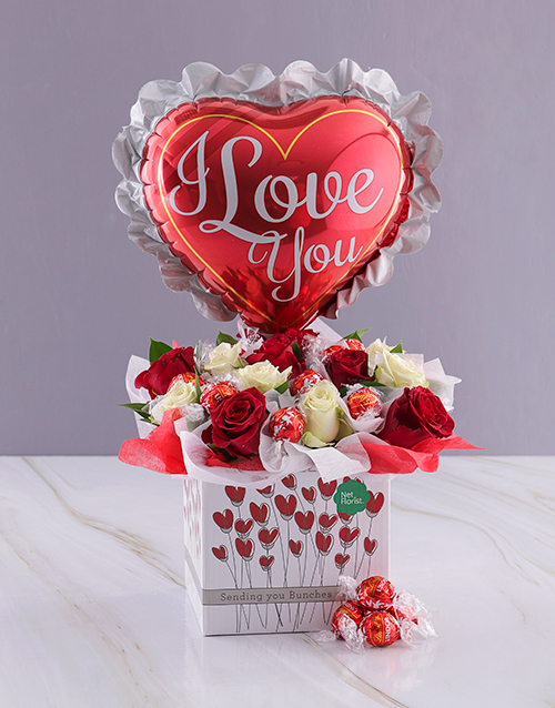 love-and-romance: Love You Chocolates and Roses!