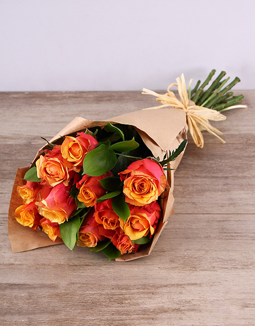 bouquets: Cherry Brandy Roses in Craft Paper!