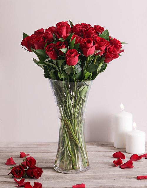 anniversary: Scarlet Love Rose Vase!