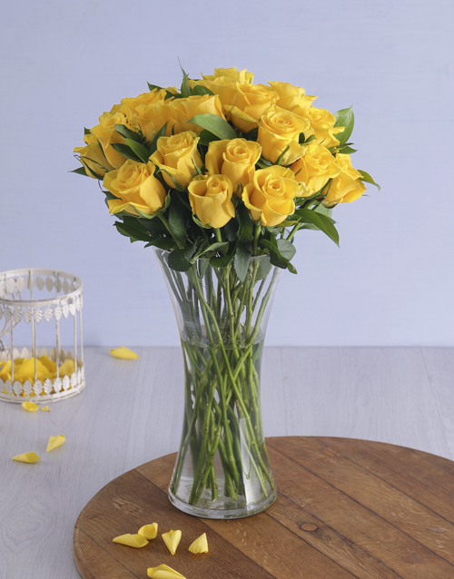 birthday: Yellow Roses in a Vase!